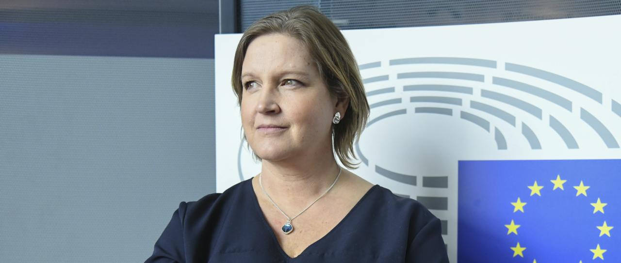 Liberalernas EU parlamentariker Karin Karlsbro utsedd till förhandlare för gränsöverskridande energiinfrastruktur och nytt regelverk för batterier